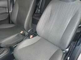 前列シートです。シートは車両から取り外して徹底洗浄!安心してお座りいただけます!