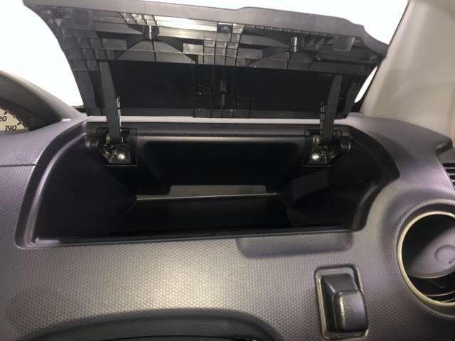 運転席の収納スペースです♪♪