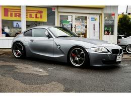 BMW Z4クーペ 3.0si 左ハンドル 黒革シート