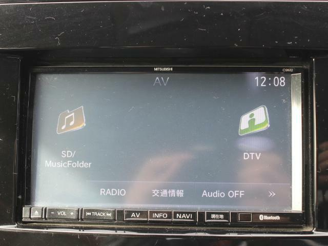 オーディオ完備で道中が楽しい車内に!オーディオは必須ですよね!