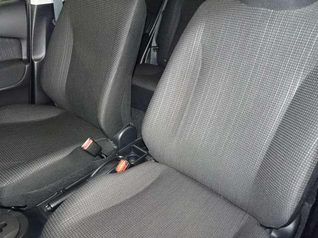 シートは車両から取り外して徹底洗浄!!安心してお座りいただけます♪