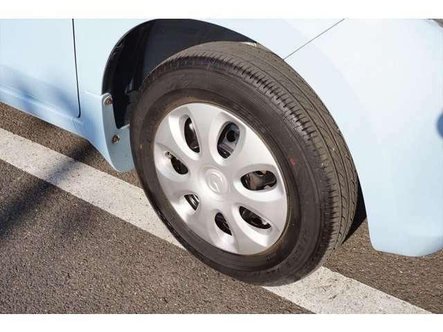 タイヤは5.7mm~5.9mmです。まだまだ使用可能です。