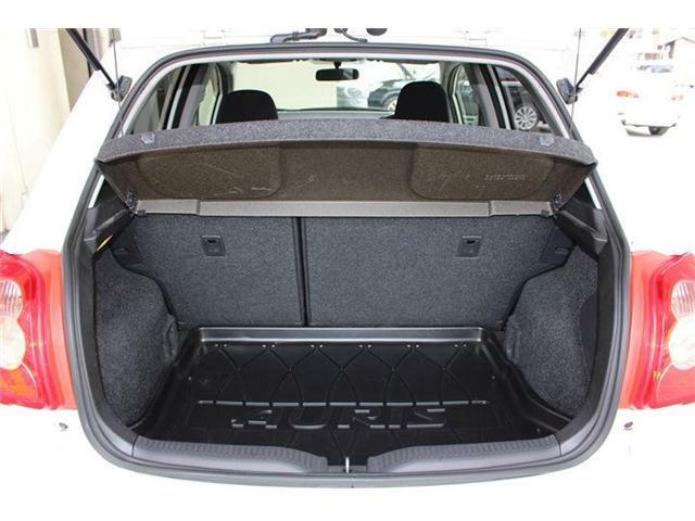 運転しやすいボディサイズでありながら、荷室スペースもしっかり確保されております♪