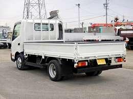 車両総重量4805kg 最大積載量2000kg