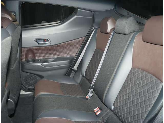 トヨタ販売店ならではの高品質U-CARをご用意しております。 まずは一度ご来店頂き、お車をご覧ください★