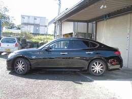 お店の電話番号は0463-73-5771です。お気軽にお電話下さい。http://www.carkore-shonan.com