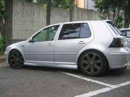 タイヤとボディの隙間も丁度良いですよ。