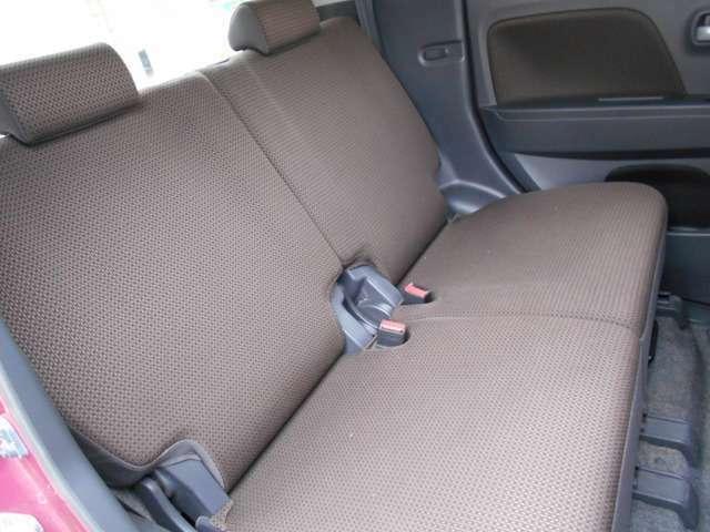 当社では納車安心パックを付けていただくと、各種整備+オイル・クーラント・ワイパーブレード・バッテリーを新品にて納車いたします。お問合せは→「0066-9711-316316」からどうぞ!