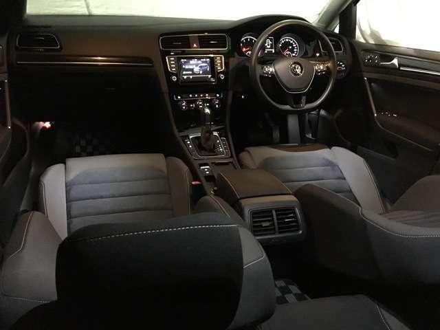 お車を単純に販売するのではなく、お客様のライフスタイルとの『融合』を見つめて、価値のあるお車を提供させて頂けるよう心掛けております。お客様のご要望をぜひお聞かせ下さい。