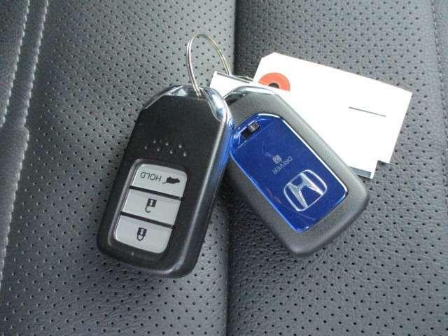 スマートキー適用しておりますのでドアロックアンロック簡単に操作可能になります。