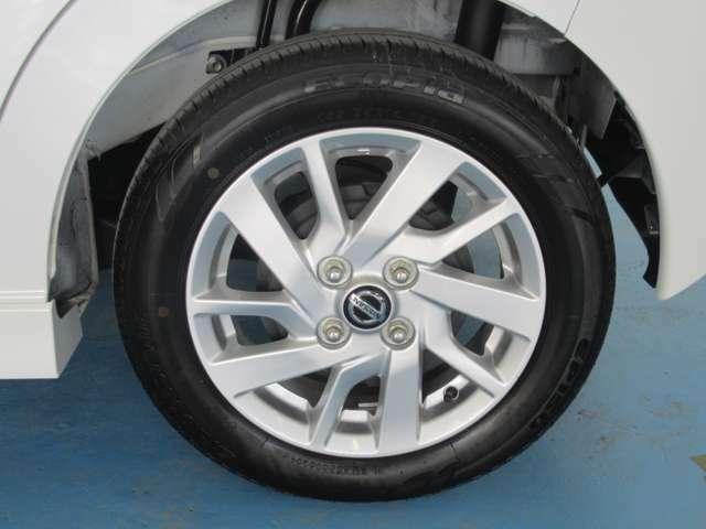 タイヤ155/65R14   純正アルミホイール
