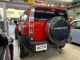 レッド×ブラックのボディカラーが街中に映えます!アメ車好きな女性オーナー様にお勧めな個体です!