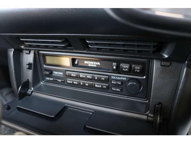純正CDデッキ装備♪オーディオの付け替えもお気軽にご相談ください。