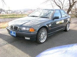 BMW 3シリーズ 318i アニバーサリー サンルーフ