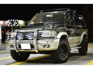 ビッグホーン 3.0 プレジール ロング ディーゼルターボ 4WD