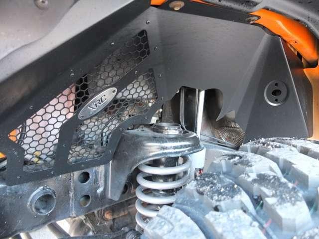ラフカントリー4インチリフトアップKIT新品装着!!アライメント測定&調整済みです。