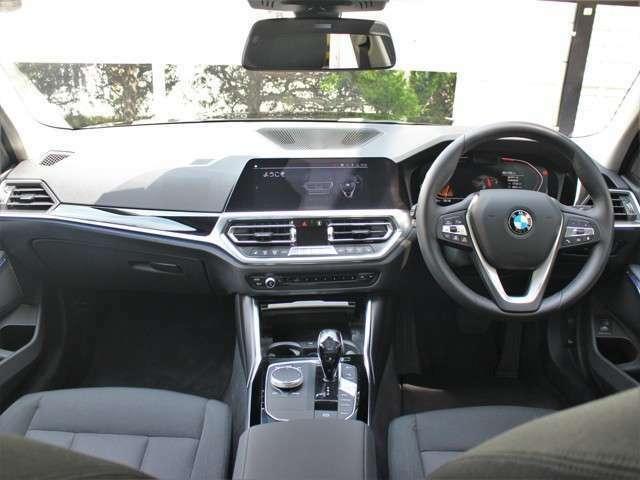 BMWバリューローン【残価設定型ローン】 車輌本体価格の一部を据置価格として、最終回のお支払いに設定できます。通常のオートローンよりも月々のお支払いを下げる事ができます。