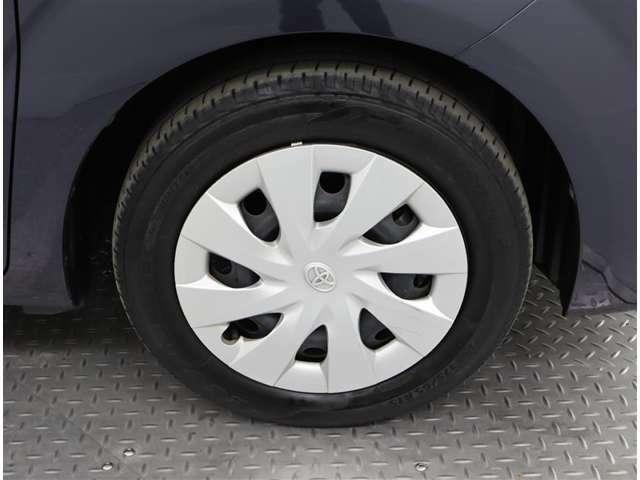 タイヤサイズは、175・65・15インチになります