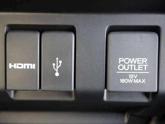 HDMI,USB端子がついているので、ナビ画面で動画再生、スマホの充電、ミュージックプレーヤの接続などなど多岐にわたってご利用いただけます。