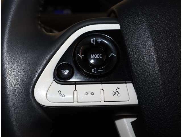 ドライブ中も手元でオーディオの操作が出来てとても便利ですよ(*^^)v