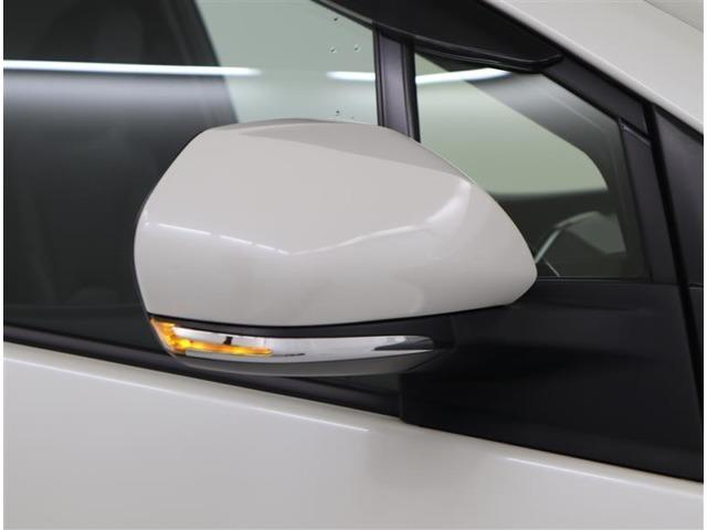 オシャレでカッコイイウィンカーミラーが付いていて、見た目だけでなく安全面もバッチリです(^^)/