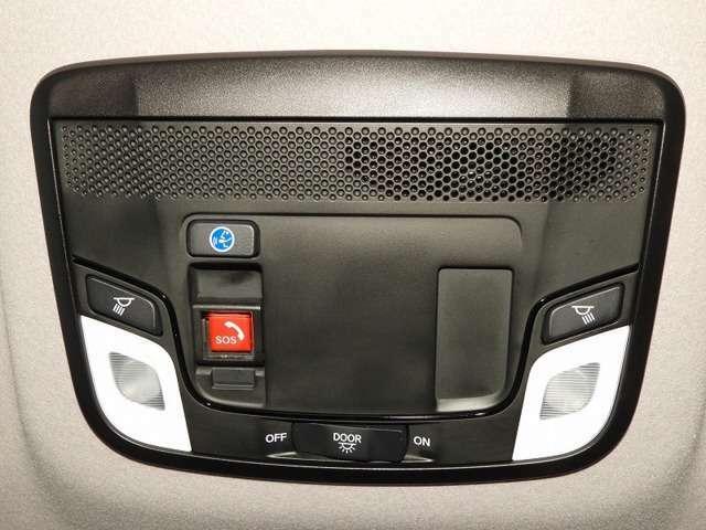Honda CONNECTが安心快適なカーライフを実現します。万一の時も緊急通報ボタンやトラブルサポートボタンで24時間365日お客様をサポート。大事なお車の盗難やいたずらなどにも対処します。