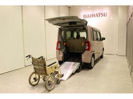 ダイハツ タント 660 フレンドシップ スローパー L SAII 車いす移動車 4人乗り