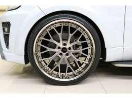 F:10.5J×24 SemiConcave Vredestein Ultrac Vorti タイヤ:295/30-24