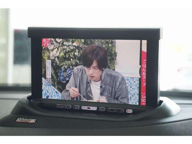 純正HDDナビ装着しております。フルセグTV視聴可能です。
