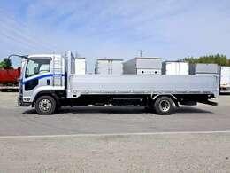 車両総重量7870kg 最大積載量3100kg