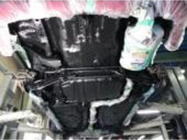 Aプラン画像:下廻り防錆塗装しませんか?真っ黒になりますよ♪♪もちろんキッチリ施工します!!下廻り洗浄→タイヤを外す→ブレーキ廻りに飛び散らないようしっかり養生→トヨタ部品のパスタブラックを使用します!!!!