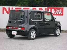 《燃費》19km/L(JC08モード・カタログ値/レギュラー)《車体寸法(全長×全幅×全高)》3890x1695x1650(mm)《最小回転半径》4.6m