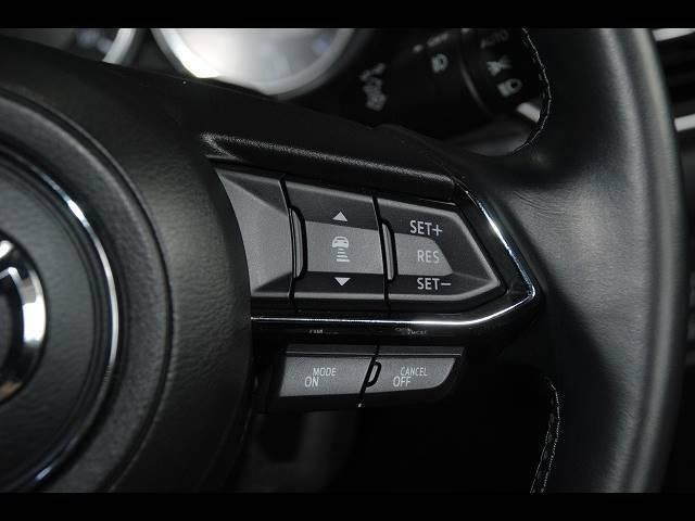 【シートメモリースイッチ】運転される方によってシートポジションをそれぞれ記憶させることが出来ますので、ご主人様、奥様それぞれの最適ポジションを記憶させてください♪