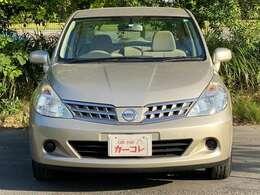 ナビ CD FM/AM スマートキー 純正15インチAW エアコン パワステ パワーウィンドウ 運転席助手席エアバッグ ABS 電格ミラー