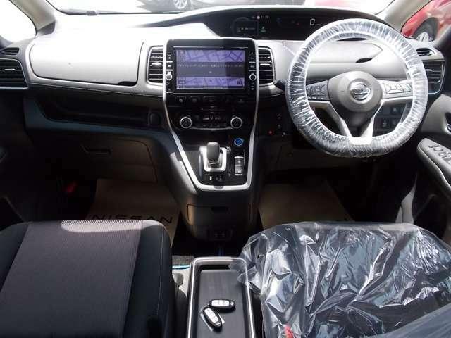 居心地の良い運転席なので長時間座っていられます♪リラックスできるデザインがいいですね♪