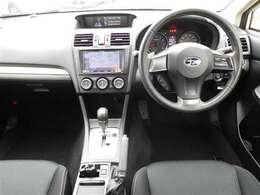 視認性&操作性に優れたスイッチ類は運転の妨げになりにくくなっています。