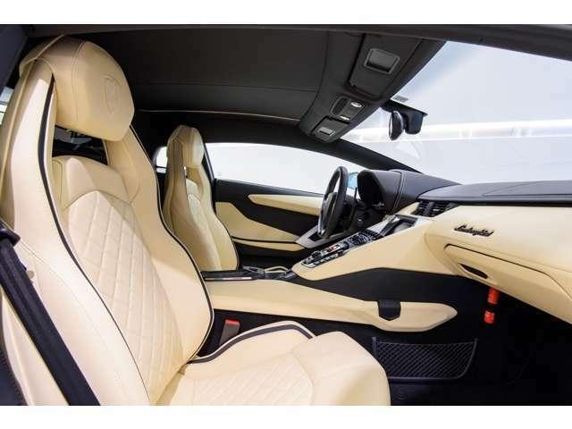 【SKY GROUP】BMW、MINI、VOLVO、JAGUAR、LANDROVER、PORCHE、MASERATI、LAMBORGHINI、ASTON MARTINの9ブランドの輸入車を取り扱う正規ディーラーです。新潟県/神奈川県/東京都で販売を展開しております。