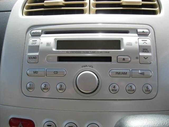 純正CDチューナー付きです