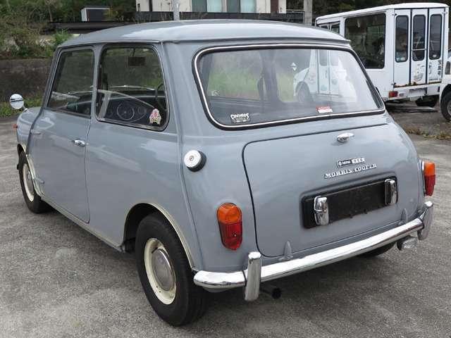 昭和の昔懐かしい旧車から最新のお車まで幅広く取り揃えておりますので、是非一度ご来店下さい!