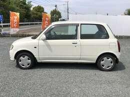 走行も少なく、内外装もきれいで大切乗られた車です