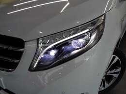 走行状況や天候に応じて配光モードを自動で切り替える「LEDインテリジェントライトシステム」!