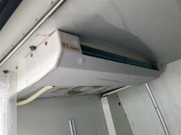 DENSO製 中温冷凍冷蔵機 問題なく使用可能です。