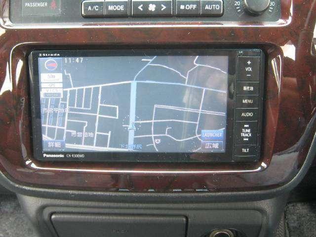 パナソニックストラーダCN-R300WD7型ワイド地上フルセグTV&DVD再生&ブルーツゥス対応ナビを取付けました。バックカメラも取付けてあります。