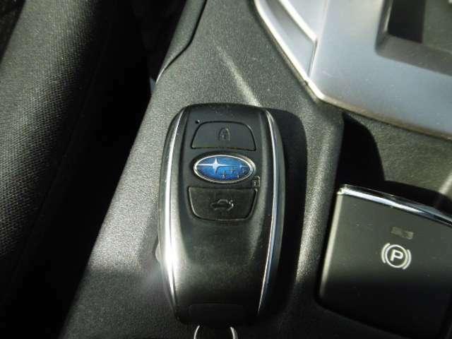 ☆鍵はポケットやカバンの中に入れてるだけで、鍵の開け閉め可能です☆またそのまま車内へ乗り込んでエンジン始動できます☆