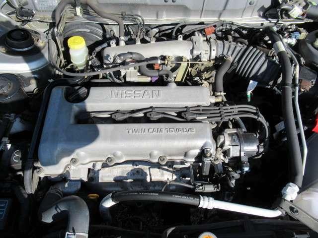 2.0L水冷直列4気筒DOHC16バルブエンジン!タイミングチェーン使用です!