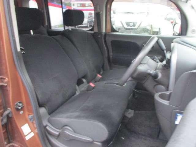 座り心地のよいフロントシート!
