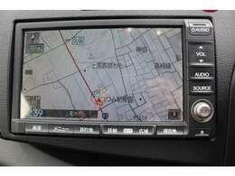 純正ハードディスクナビ搭載車!!地図データの情報量や音楽CDの録音機能も魅力です。一度録音されたCDは車内保管の必要が無く、場所を有意義に使用できます!!