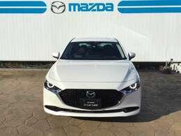 MAZDA3 セダン ディーゼル 4WD 入荷しました!アクセラがフルモデルチェンジしたマツダの新しいデザインです