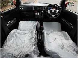 新車時のシートビニール付き☆内装きれいな一台です。