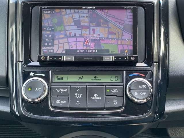 社外メモリーナビ(AVIC-RZ03)、ワンセグテレビ、DVD再生、ETC車載器など。 社外ナビですがテレビは走行中見れなかったと思います。また社外ナビですので、ステアリングスイッチとは連動してません